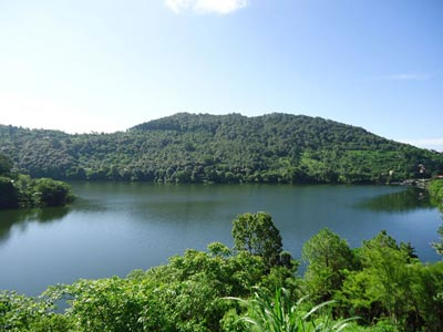 Naukuchiyatal lake