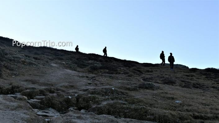 Trekking route to Chandrashila